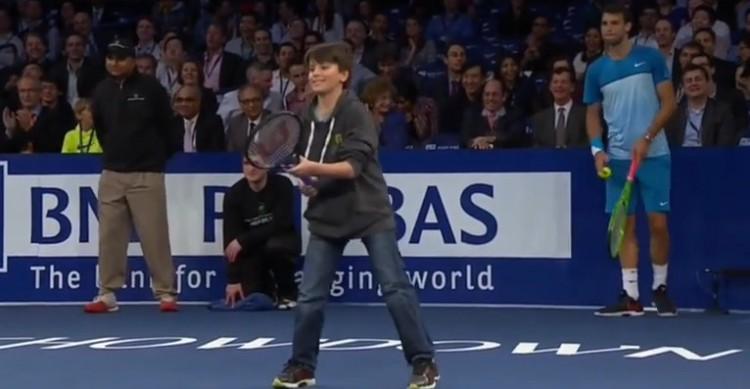 Le jeune garçon qui a ridiculisé Federer